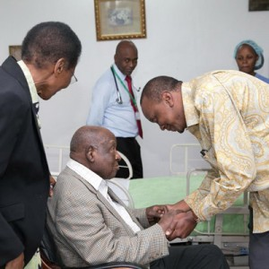 President Uhuru Kenyatta when he visited former Cabinet Minister Kenneth Matiba at Karen Hospital, Nairobi in this picture dated March 30, 2015. PHOTO | SAMUEL MIRING'U | NATION MEDIA GROUP