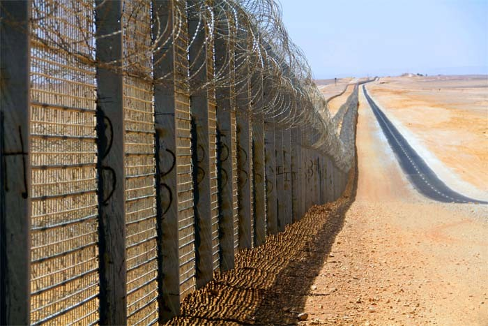 Border wall similar to the one under construction.