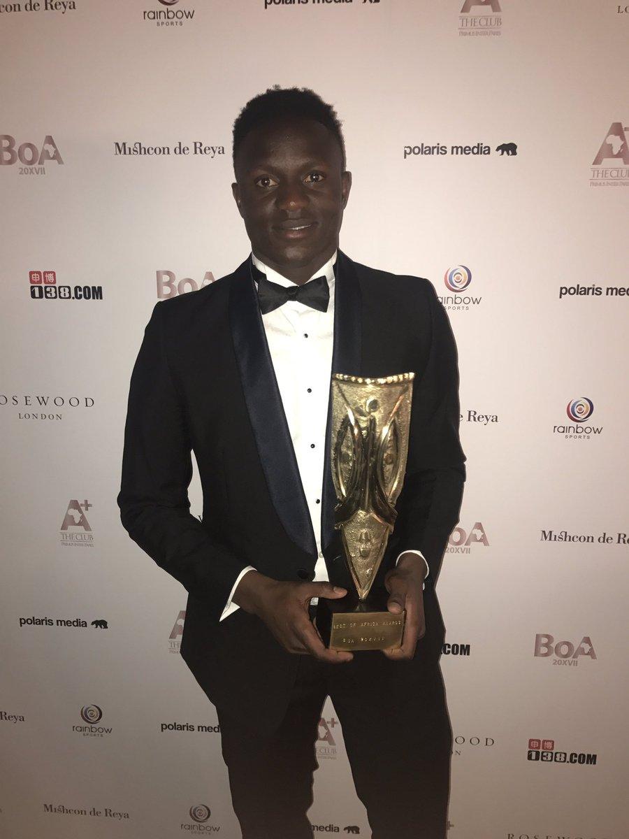 Victor Wanyama Honoured to win an award for my work helping ...