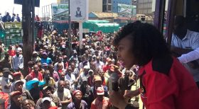 Female Jubilee blogger vows to get three babies if Uhuru wins the October 26 poll