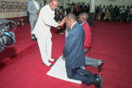 UhuruRuto seek divine intervention, call for peace ahead of tomorrow's polls