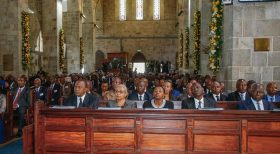 President Kenyatta leads Kenyans in emotional send off for pluralist democracy icon, Kenneth Matiba