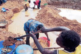 Kenya to set up gold refinery to help small miners